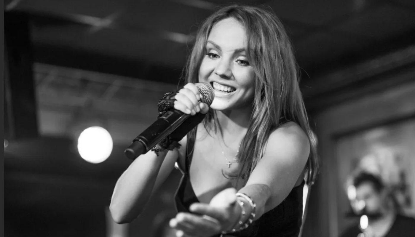 Певица Максим заразилась коронавирусом: последние новости из больницы. Рассказы её близких.