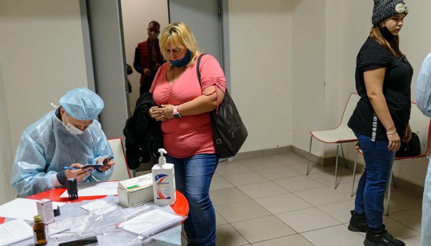 Можно ли сделать прививку от коронавируса в Москве иногородним без регистрации сегодня?