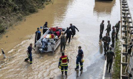 Наводнение в Германии - потоп века в Европе.