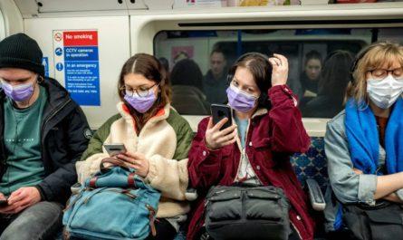 Можно ли после вакцинации от коронавируса ходить на работ?