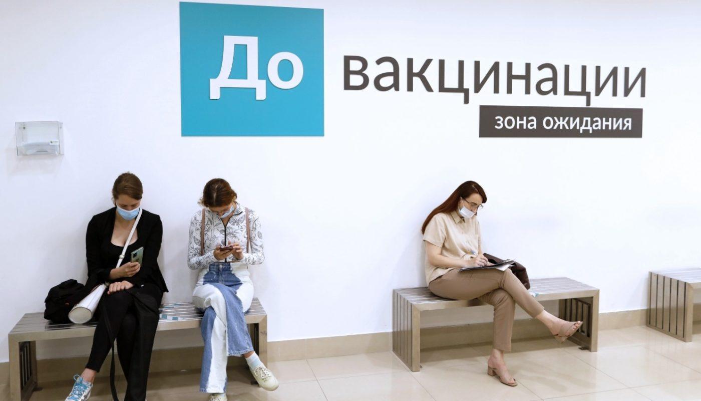 Где в Петербурге можно сделать прививку от коронавируса? Рассказываем о пунктах вакцинации в ТЦ.