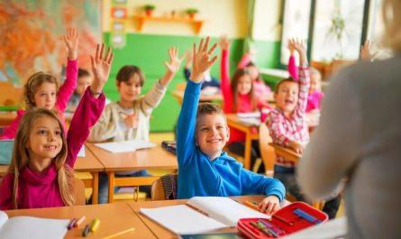 Выплаты к школе в августе по 10 тысяч рублей от Путина в 2021уже начали!